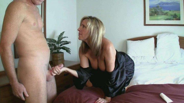 Streaming porn video still #9 from Hot MILF Handjobs #5