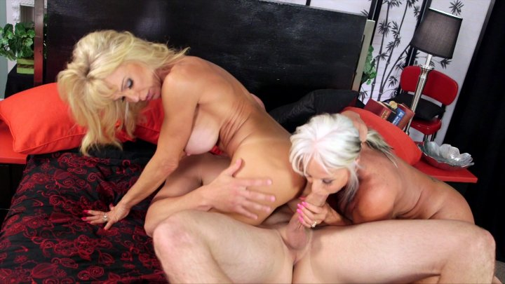 Streaming porn video still #1 from Sally D'Angelo