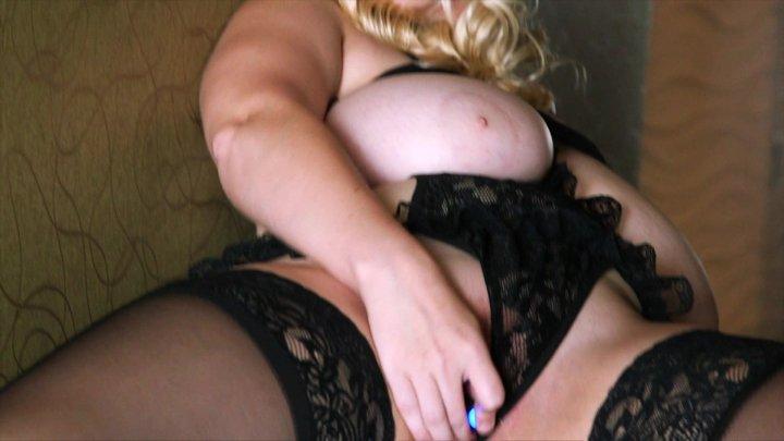 Streaming porn video still #1 from Codi Vore