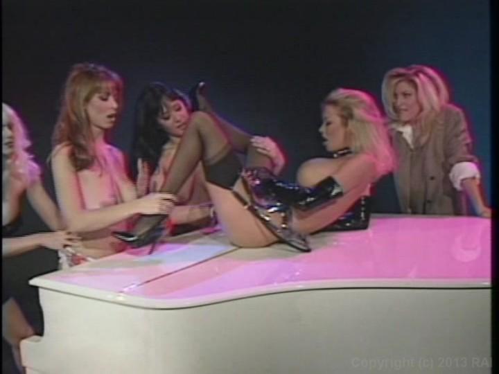 Russian lesbiam sexo masturbate