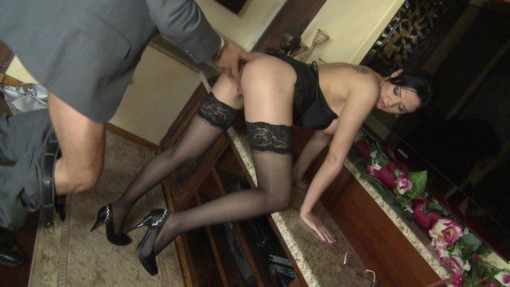 Streaming porn video still #1 from Calde Segretarie Vol. 3