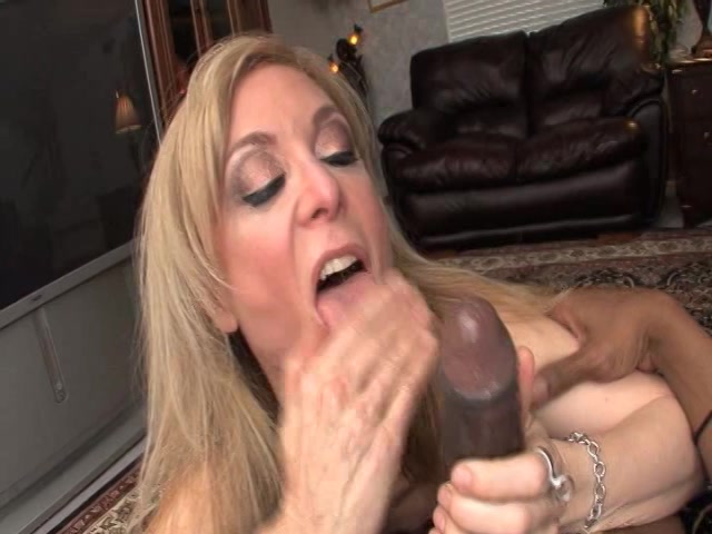 Useful milf sex pictures free 2922