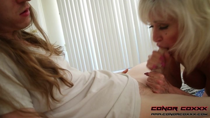 Streaming porn video still #1 from Son Fun In Mum's Bum