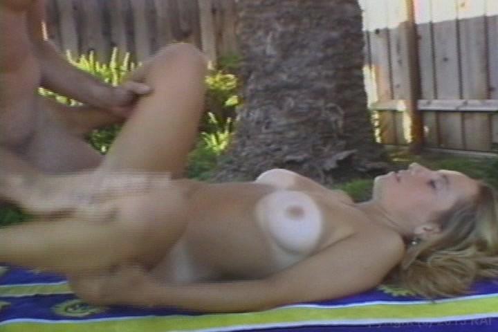 Girl on girl porn video