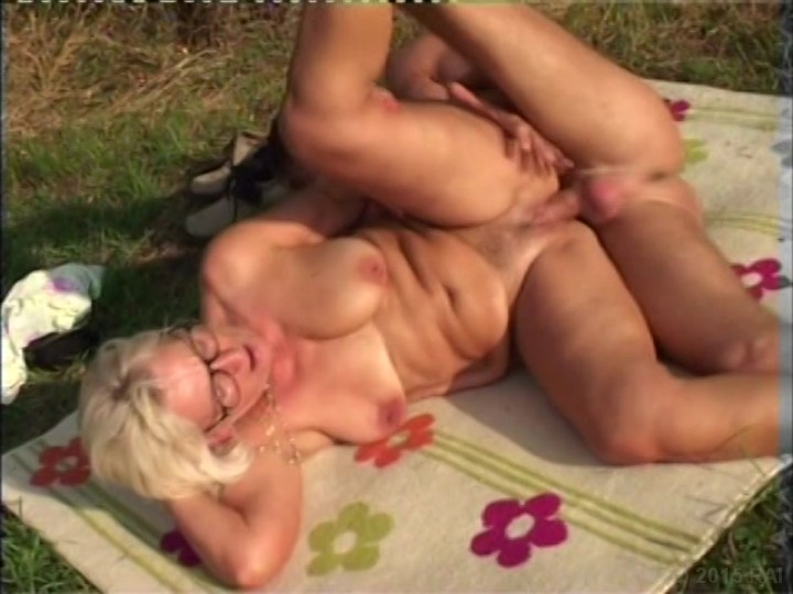 Video amateur cul blonde