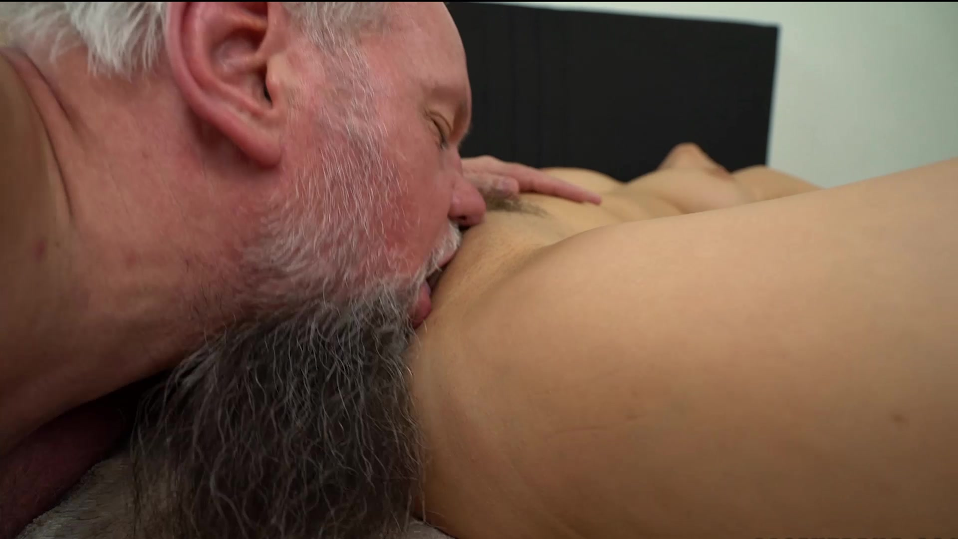 tited-video-grandpa-licks-my-cunt-nude-babe