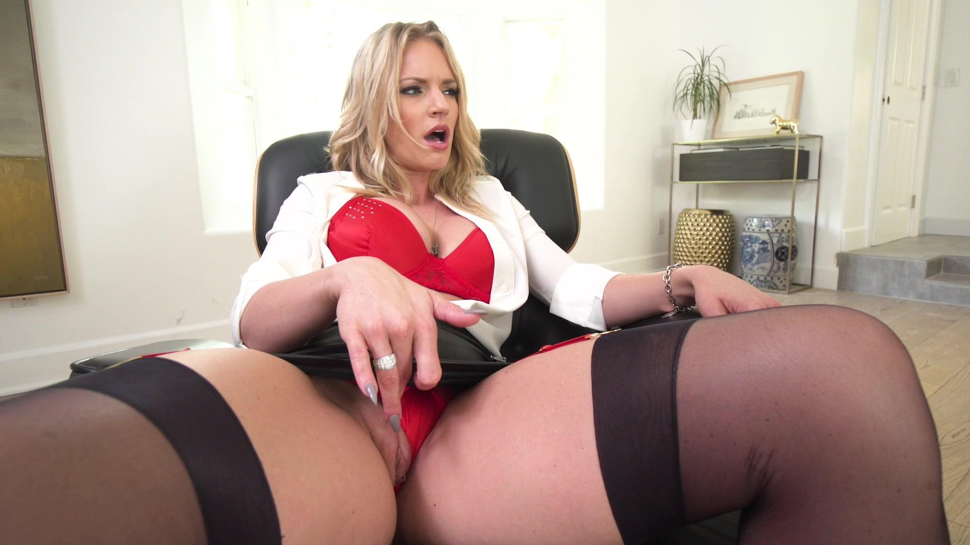 Busty milf rachel cavalli has nice pussy fucking pics full HD