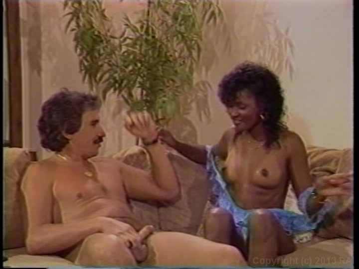 Angel Kelly Vs Jeannie Pepper 2009  Adult Empire-7557