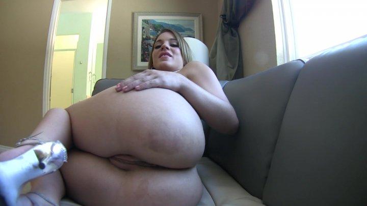 Streaming porn video still #1 from Rubbin' The Nub