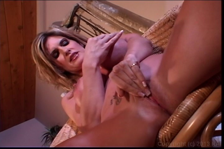 Free Toy Masturbating Porn