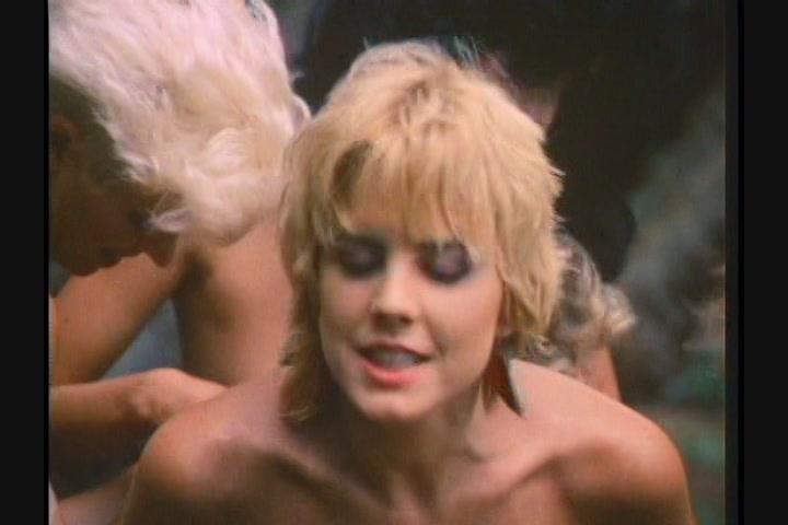 film-erotika-rozovaya-laguna-big-tits-porno-lesbi