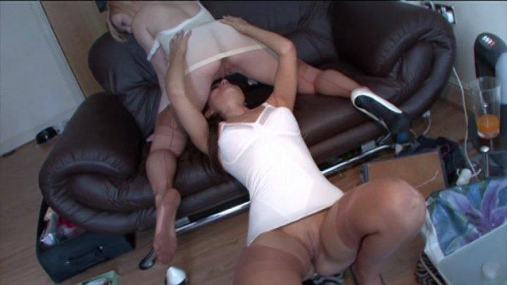 Choking throat sex porno