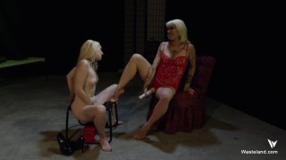 Screenshot #20 from Femdom Goddess Starla: Gauntlet Of Pain
