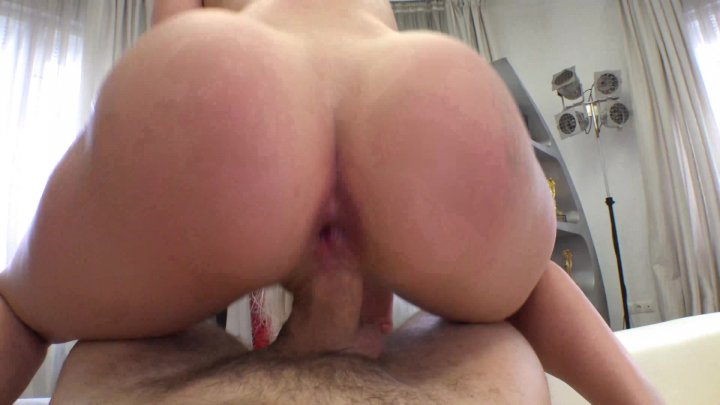 Streaming porn video still #1 from Rocco's Intimate Castings #44