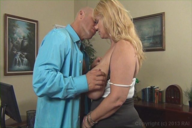 Streaming porn video still #4 from Scale Bustin Babes 44