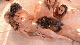 Screenshot #24 from Messy Girls Squirtacular
