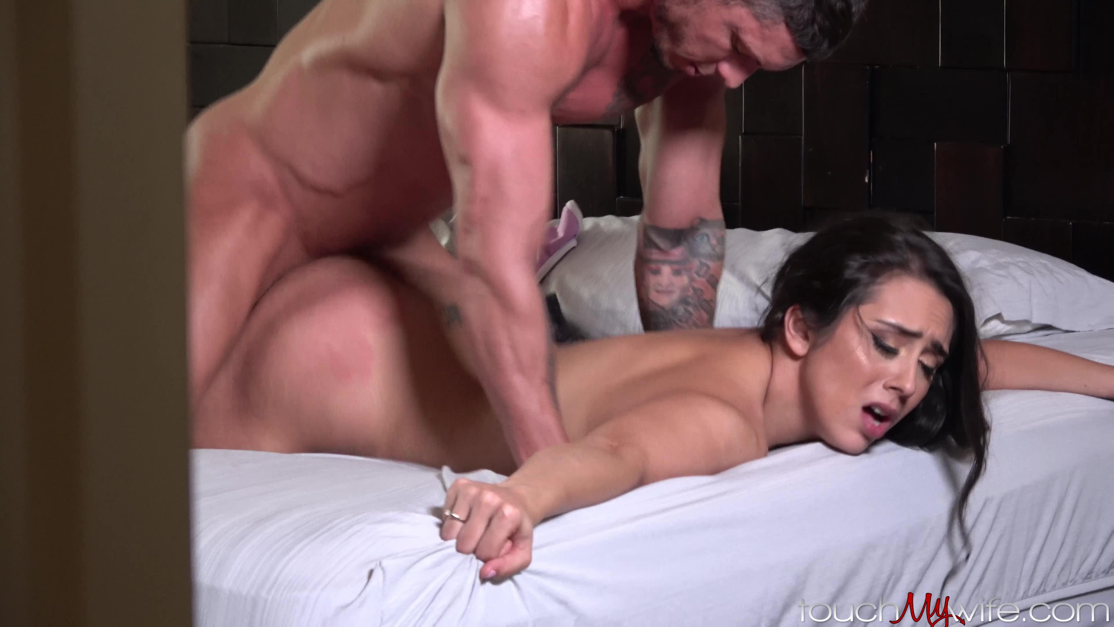 She can take a huge dick