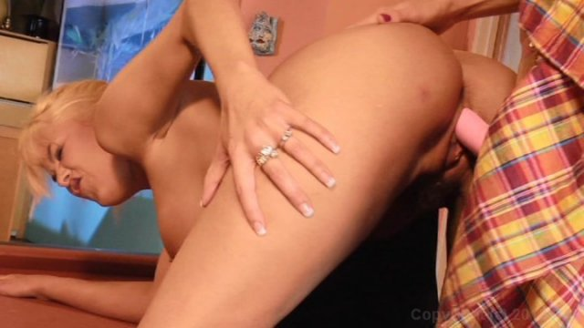 Streaming porn video still #3 from Into The Sunset