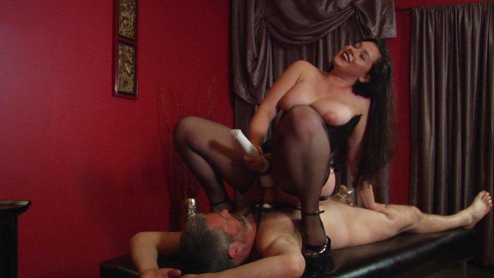 Streaming porn video still #9 from Kink School: Extra Credit
