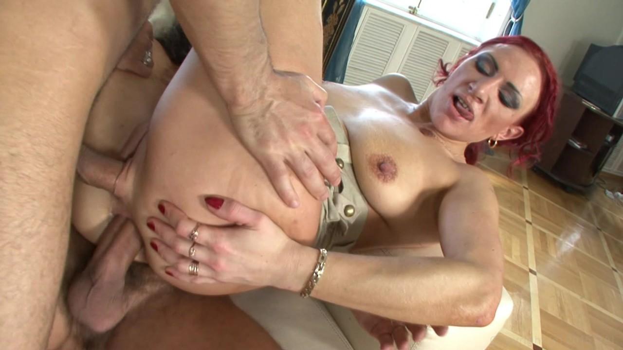 Amateur naked porn