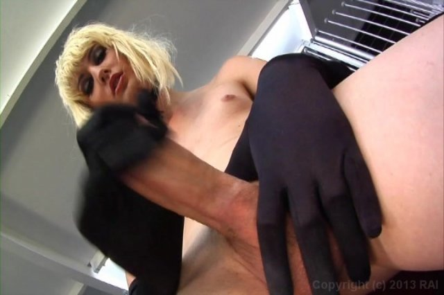 Streaming porn video still #2 from She-Male Strokers 41