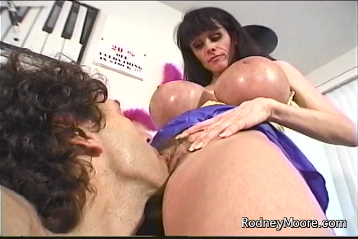 Wife creampie huge cock