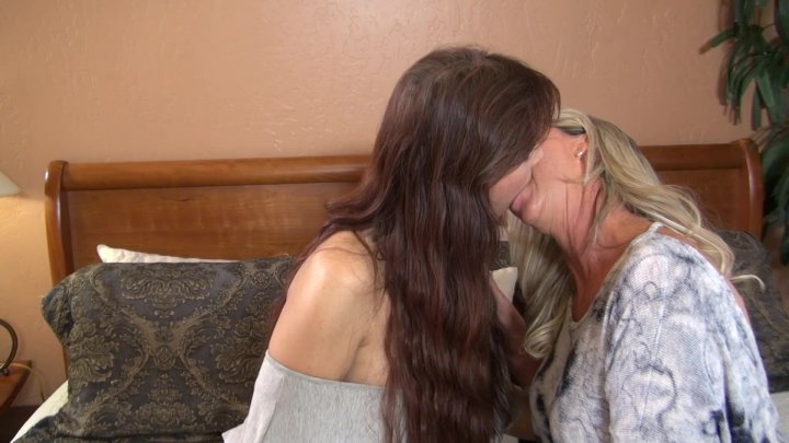 Streaming porn video still #5 from Beautiful Bi-Sexual Girlfriends Vol. 2