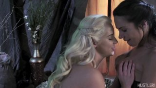 Streaming porn video still #2 from This Ain't Game Of Thrones: This Is A Parody