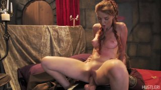 Streaming porn video still #5 from This Ain't Game Of Thrones: This Is A Parody
