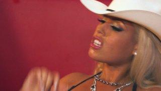 Streaming porn video still #9 from Kill Bill: A XXX Parody