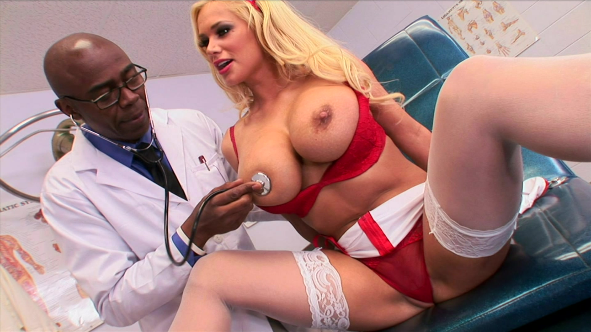 Naughty nurse tigerr benson puts her big double ds on display for the