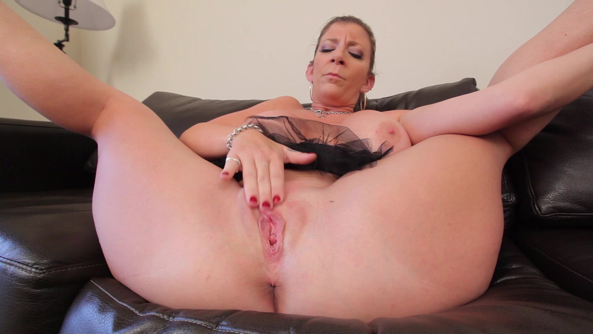 Sara jay pussy up close, milf amateur mom video galleries