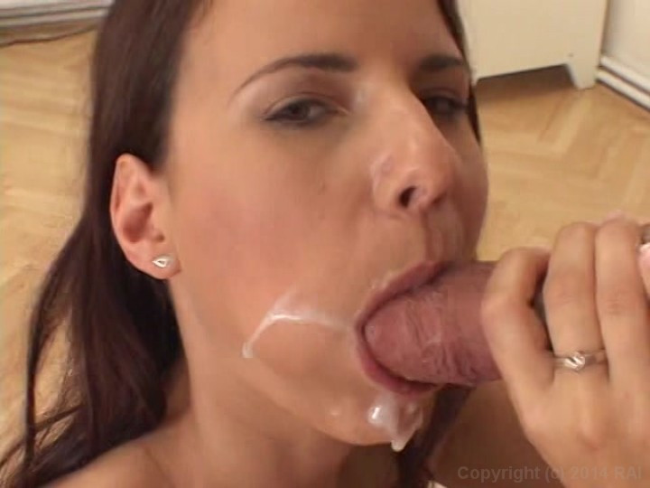 Deepthroat female pornstars