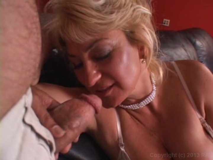 Kinky Gonzo Tube Free Porn Videos Private Sex Movies.