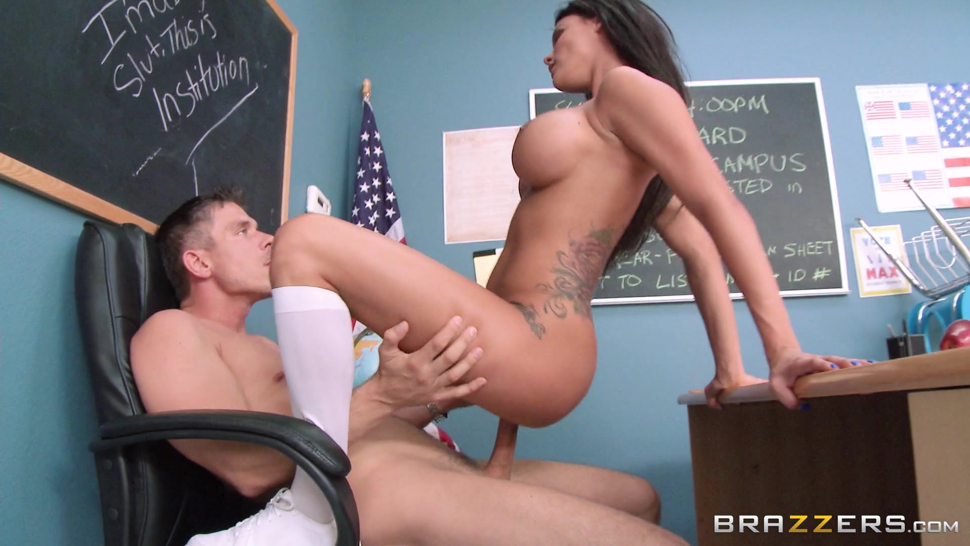 Brazzer video download free