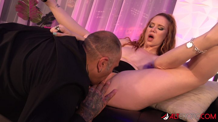 Streaming porn video still #1 from GlamGonz