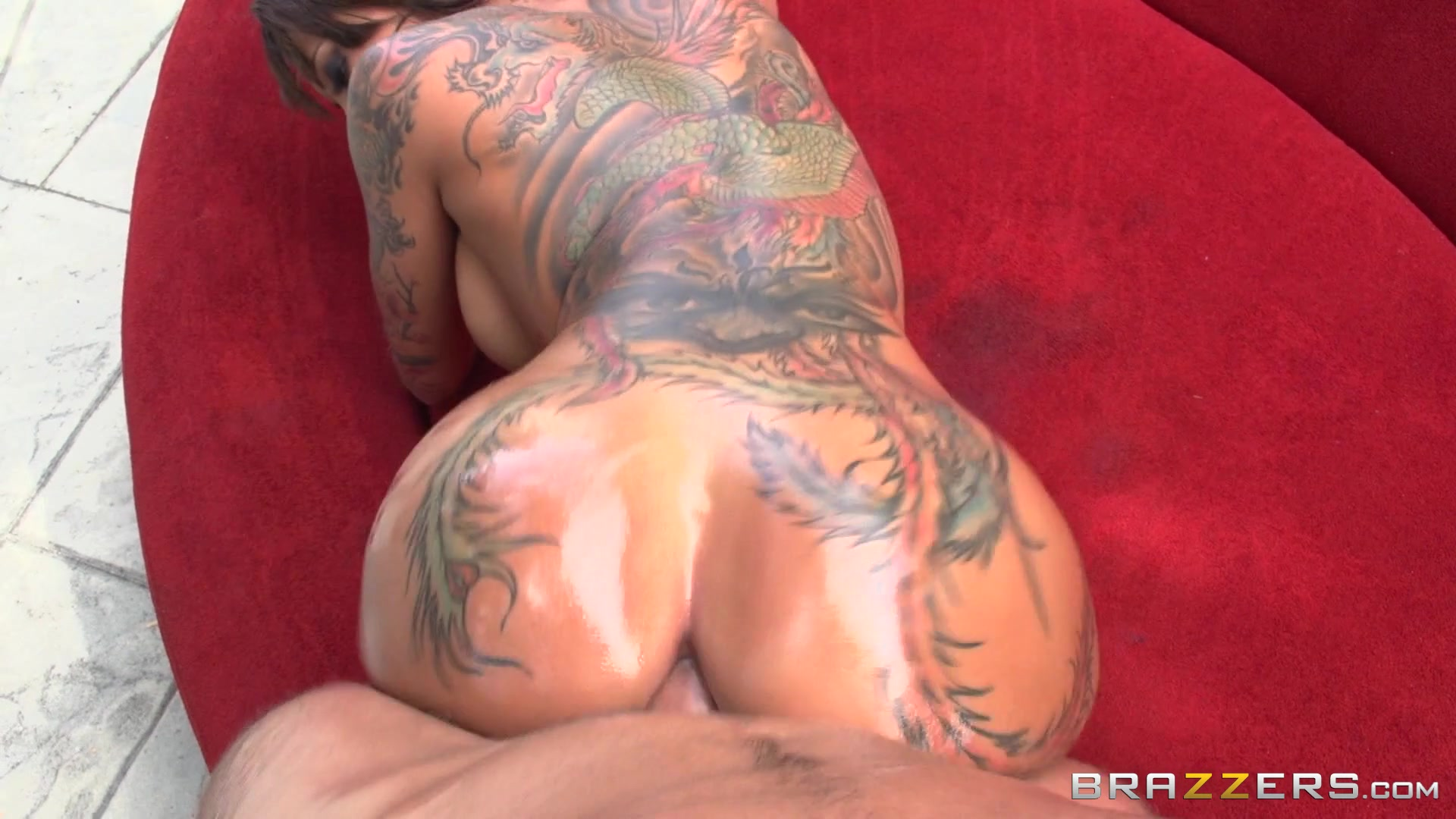 Anal Sex With Big Curvy Oiled Butt Hot Girl