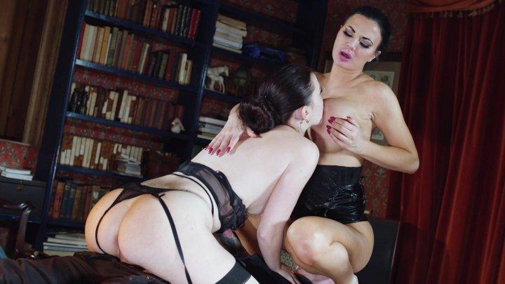 Streaming porn video still #1 from Jasmine Jae Sex Addict