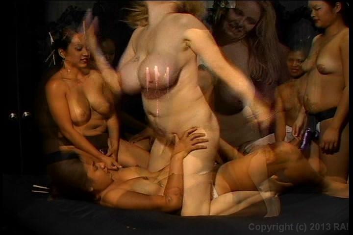 Pornstar looks like lindsey lohan