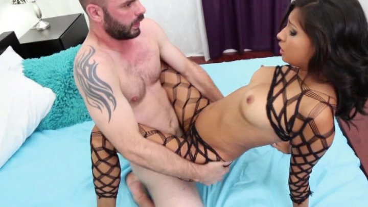 Streaming porn video still #3 from Amateurs Vol. 3