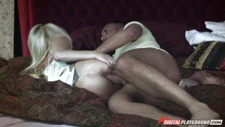Streaming porn video still #9 from Swingers Retreat (DVD + Blu-ray Combo)