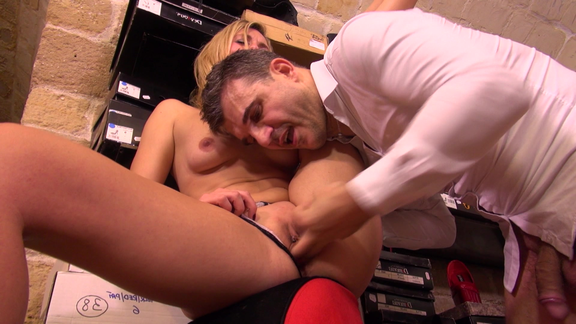 Public Agent Pickup Russian Babe To Sloppy Blowjob Fucks In Doggy