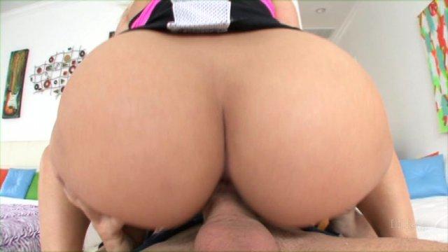Streaming porn video still #1 from Twenty: Bangin' The Big Butt Girls, The