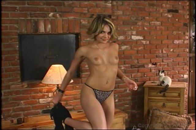 Streaming porn video still #8 from Hand Job Hunnies 3