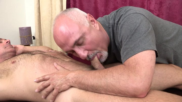 Streaming porn video still #1 from Muscle Bear Service