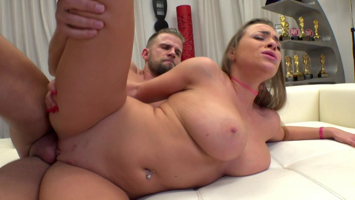 Streaming porn video still #1 from Rocco's Intimate Castings #33