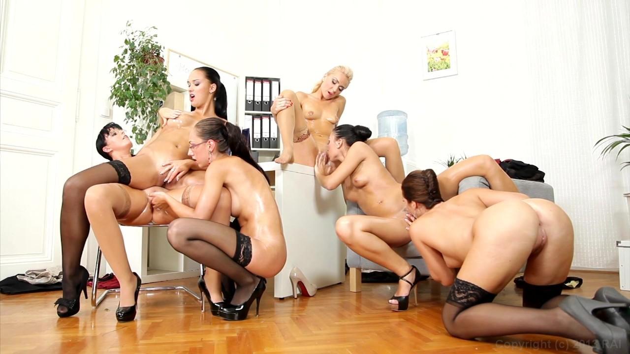 секс видео лесбиянки в офисе - 3