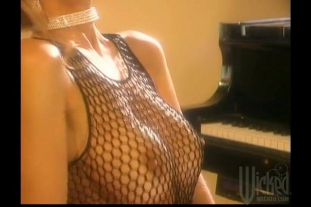 Streaming porn video still #1 from Baby's Got Rack