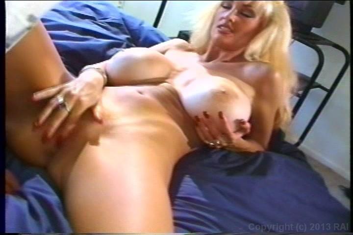 Curves classic porn star cassandra