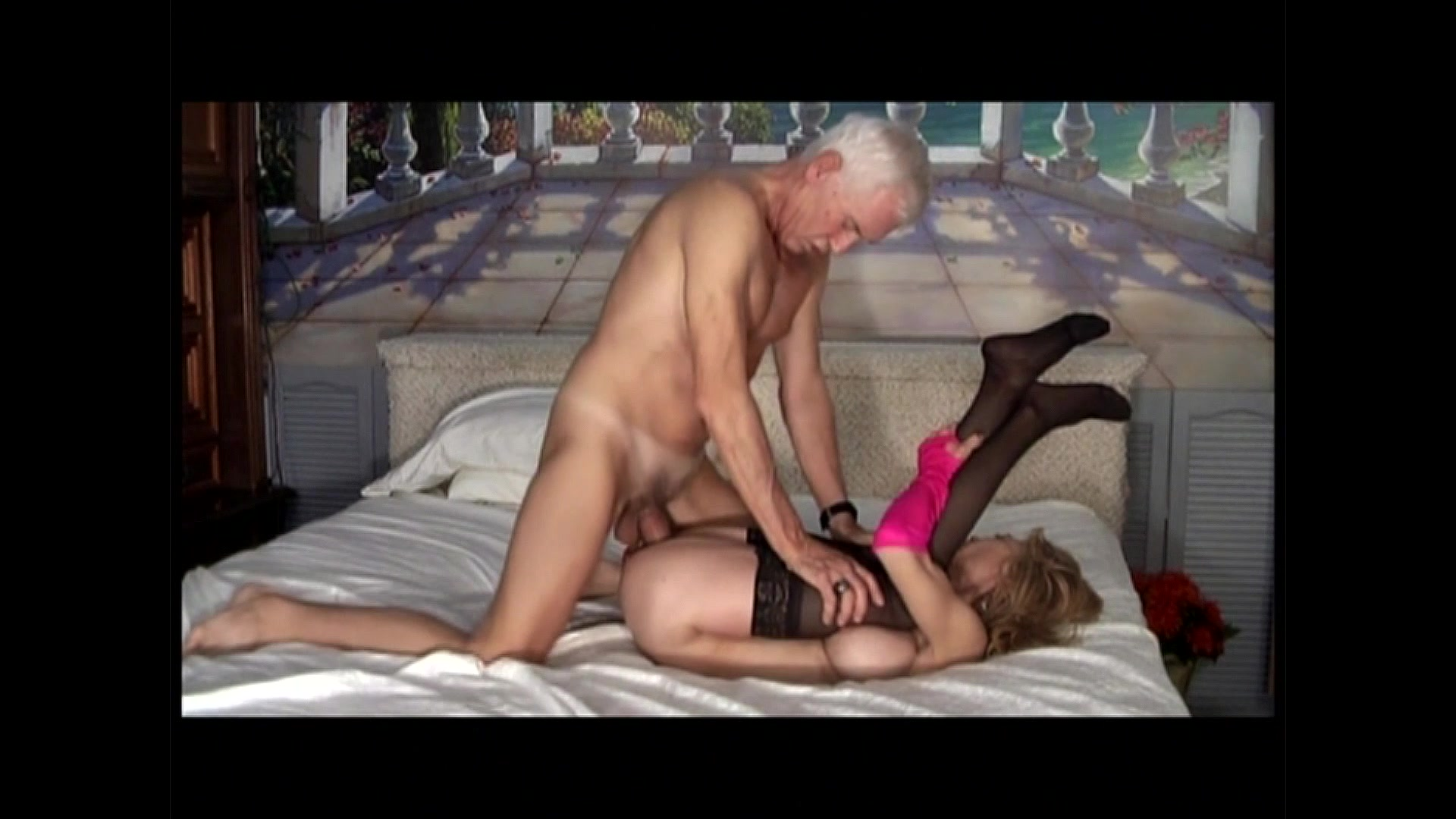 Bloopers porn clips — pic 8